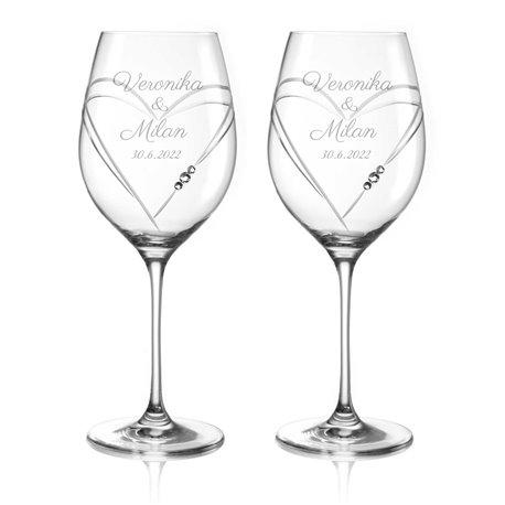 Hearts dva svadobné poháre na víno - vrátane gravírovania písmom Parisienne